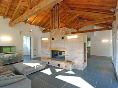 Roberto Silvestri architects, a home with wooden roof